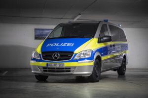 Mercedes Vito Polizei Beklebung